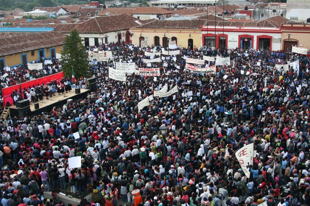 Panorámica de la plaza de la paz y la resistencia, San Cristóbal de las Casas