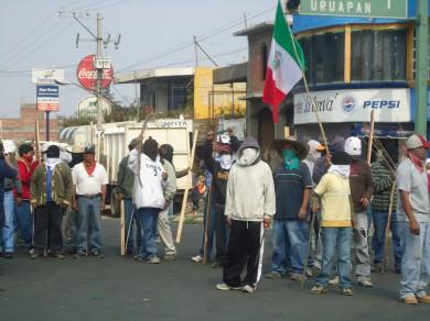 Cherán entre barricadas