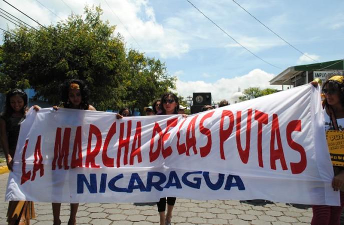 Manta de la Marcha de las putas en Nicaragua