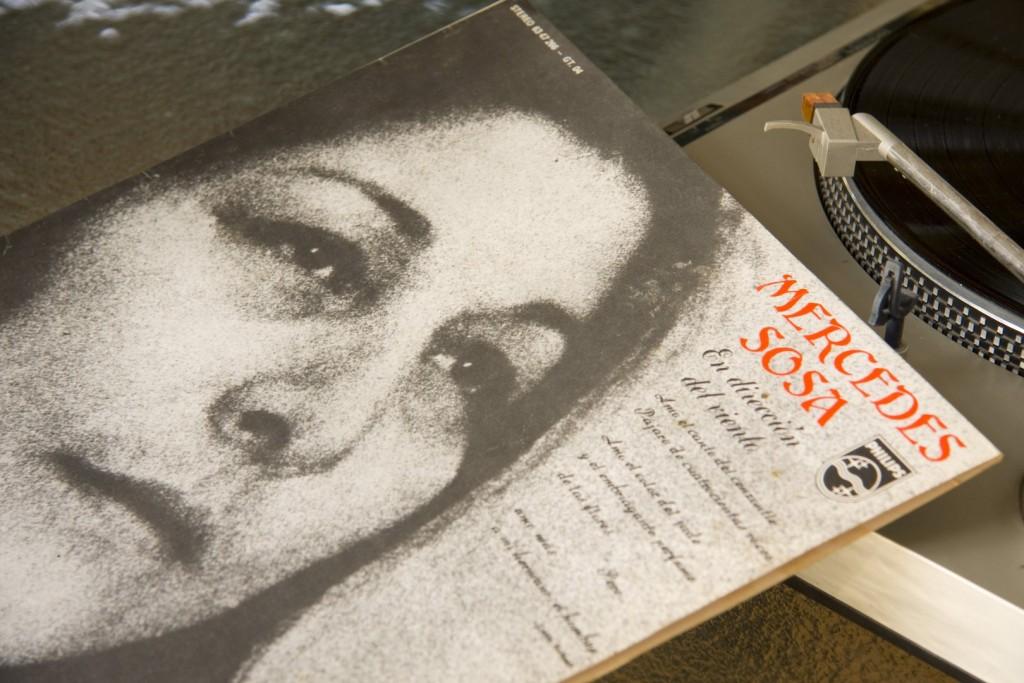 Fotografía libro Mercedes Sosa