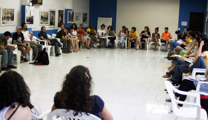 Debate Política y Cultura - Formas de Resistencia (con integrantes de grupos de teatro)