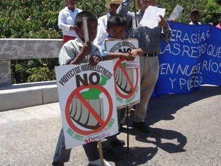 Manifestación contra represas