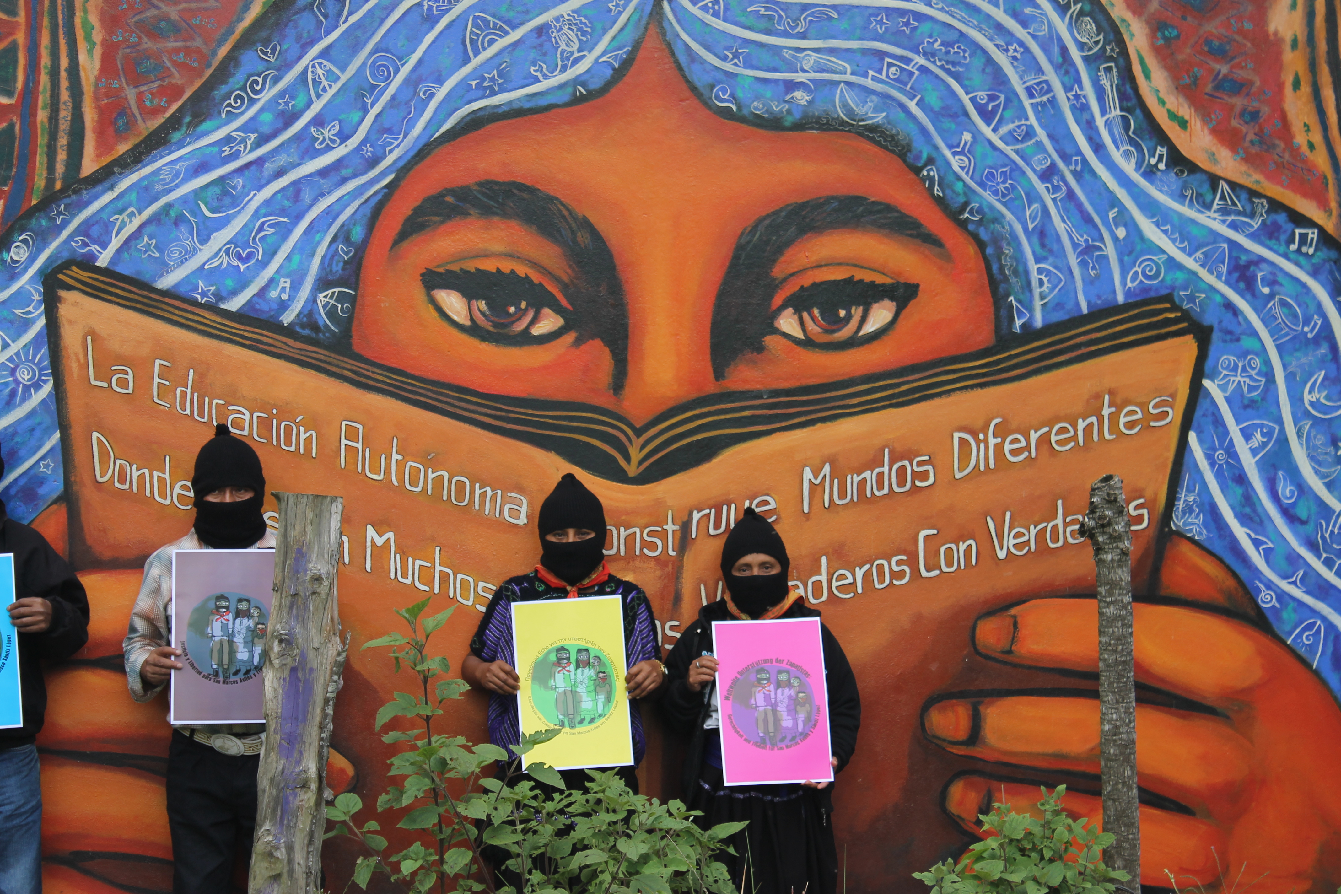 Tolteca enero 2014 for Mural zapatista