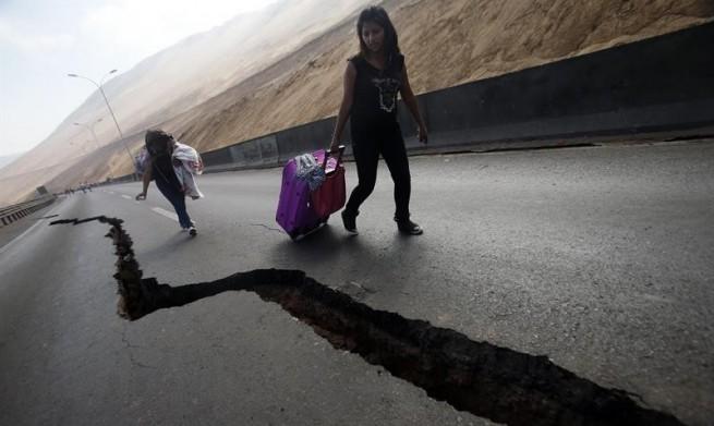 Chile-terremoto-grieta-e1396549336598-655x391