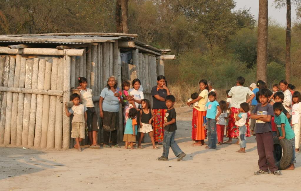 2014_06_indigenas_paraguai_reproducao