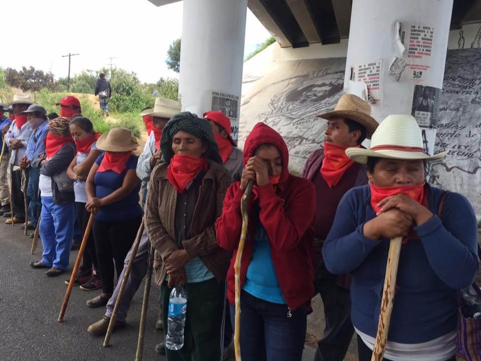 Reciben en Nochixtlán a caravana de pueblo originarios Oaxaca foto: Desinformémonos