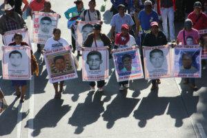 caravana-ayotzinapa-puebla-1024x683