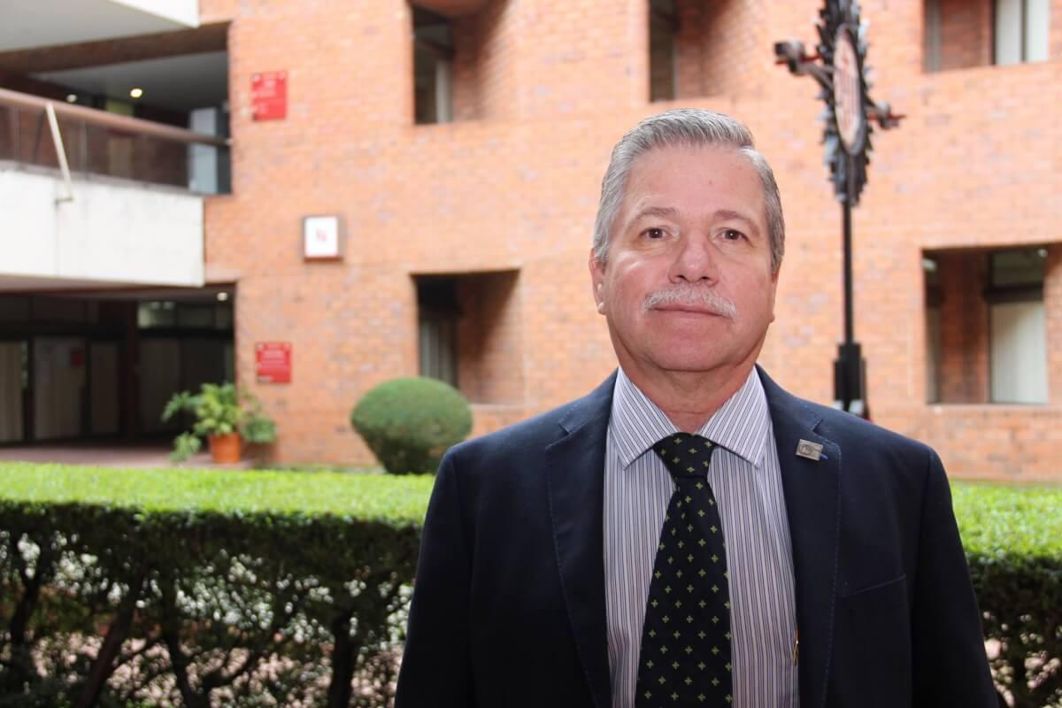 Resultado de imagen para Maestro David Fernández Dávalos S. J., Rector de la Universidad Iberoamericana Ciudad de México.