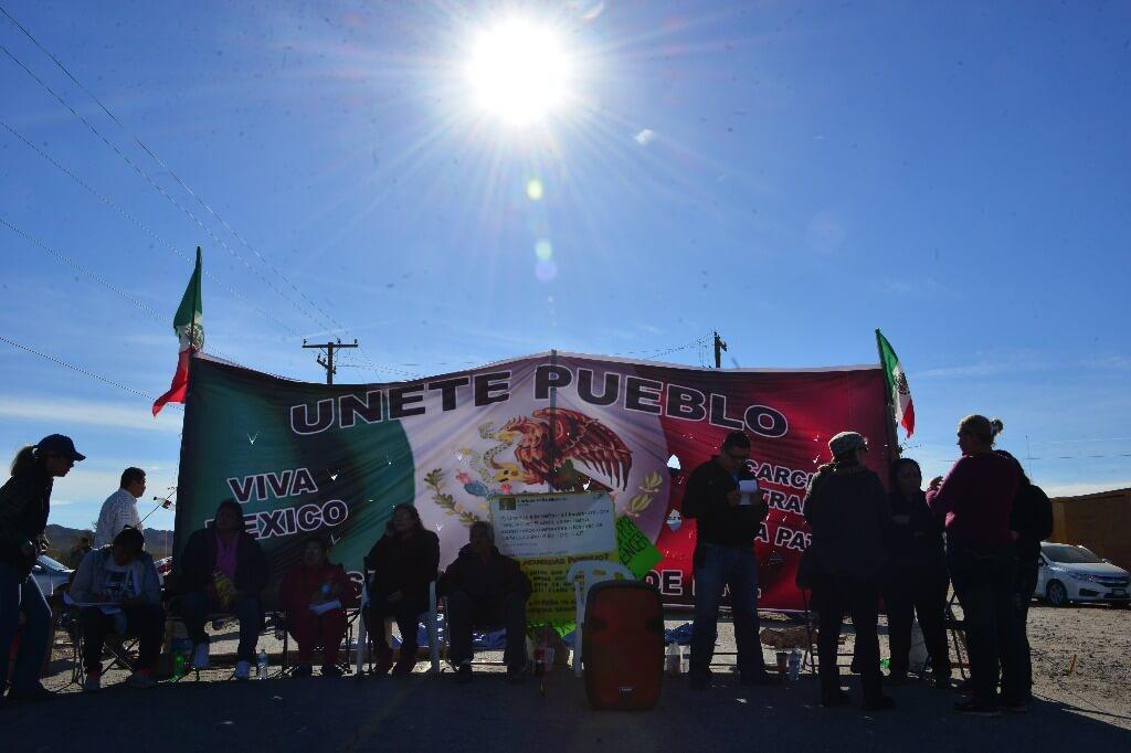 Bloqueo_Pemex_Mexicali 08