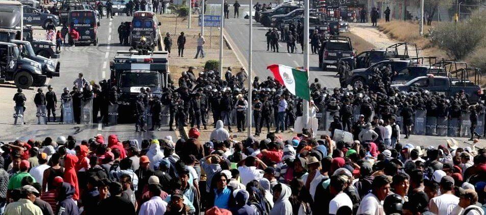 Ixmiquilpan represión 5 ene 17