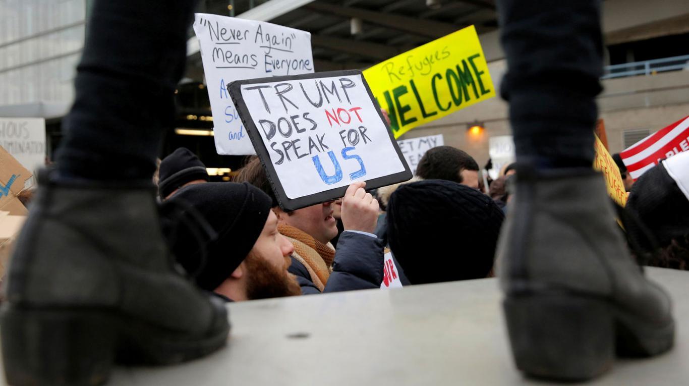 protestas en aeropuerto JFK NY