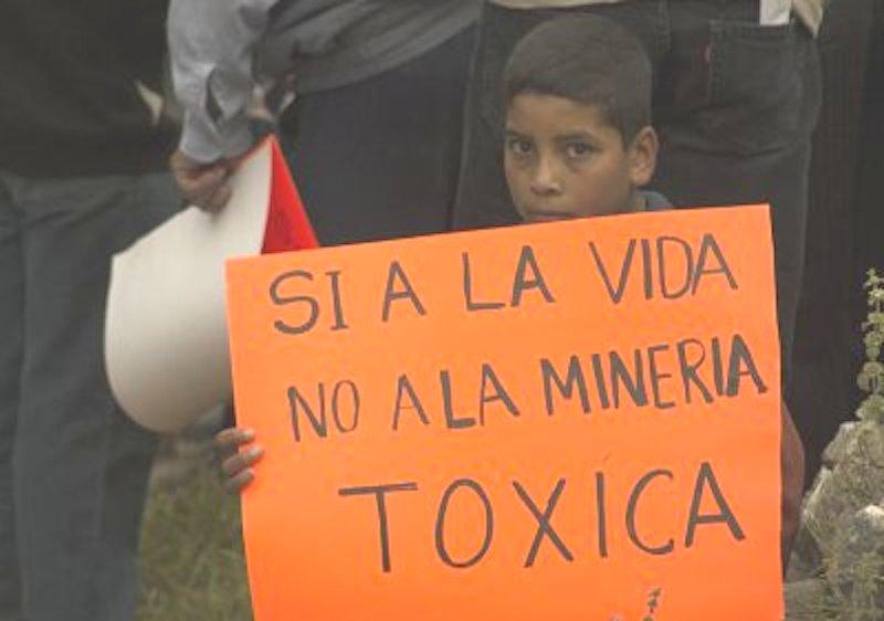 indígenas contra minería
