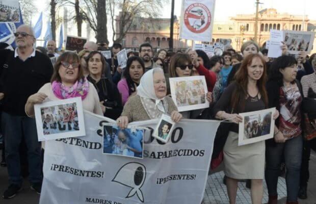 marcha-a-plaza-de-mayo-pepsico-620x400
