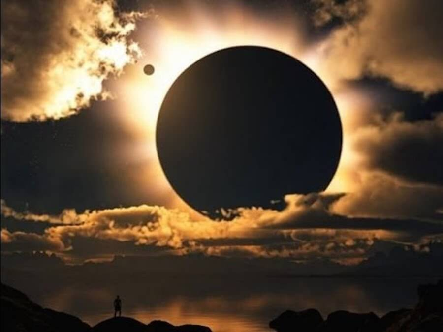 eclipse total australia 2012