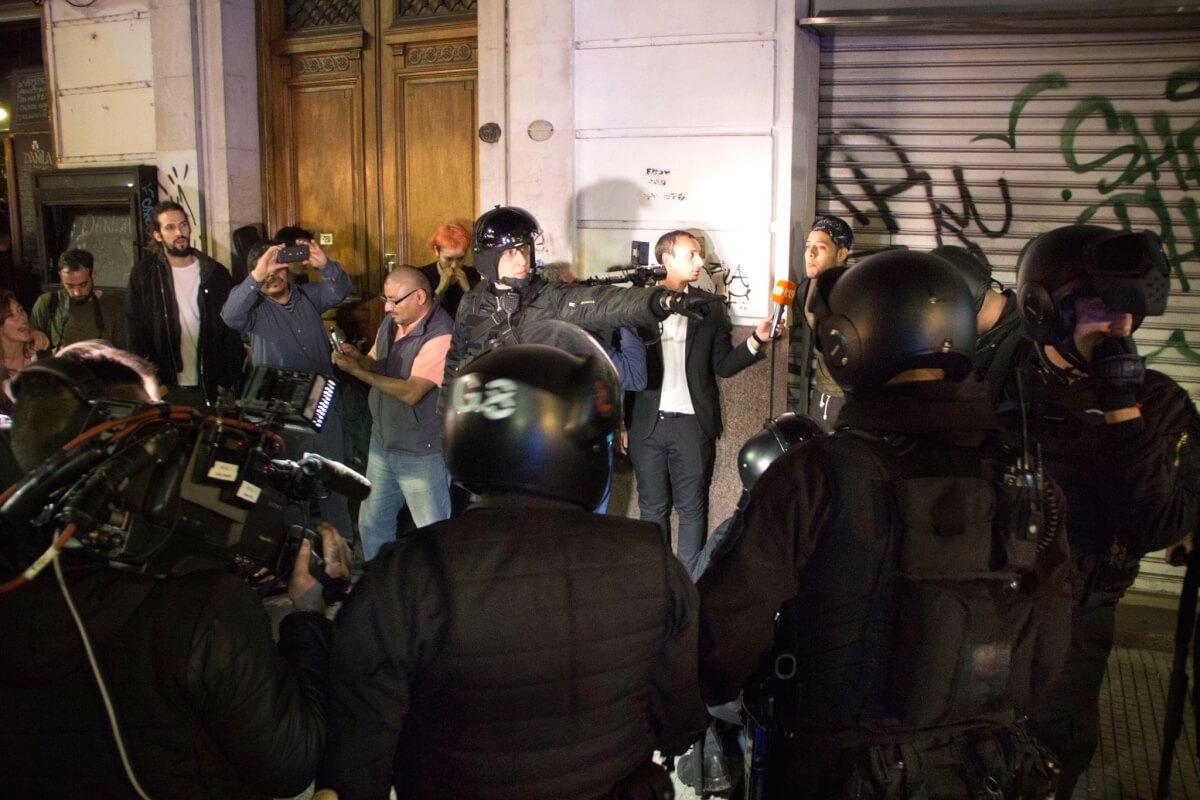 represión marcha 6