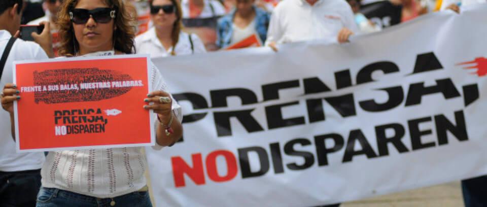 Protesta_Periodistas_Coatzacoalcos-3_2-e1419732753361-960x500