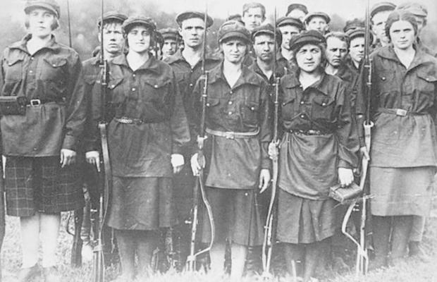 comunistas-revolucion-rusa-octubre1-620x400