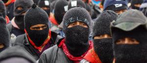"""SAN CRISTOBAL DE LAS CASAS, CHIAPAS, 21DICIEMBRE2012.- Al menos 20 mil miembros y simpatizantes del Ejercito Zapatista de Liberación Nacional (EZLN) marcharon pacíficamente por varios municipios del estado, durante el cambio de la era maya para poner """"fin al silencio"""" en que se mantuvieron por más de un año. FOTO: PEDRO ANZA /CUARTOSCURO.COM"""