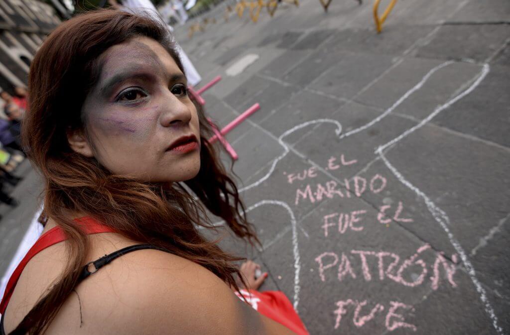 Protesta_Mujeres_Diputados-2-1024x673