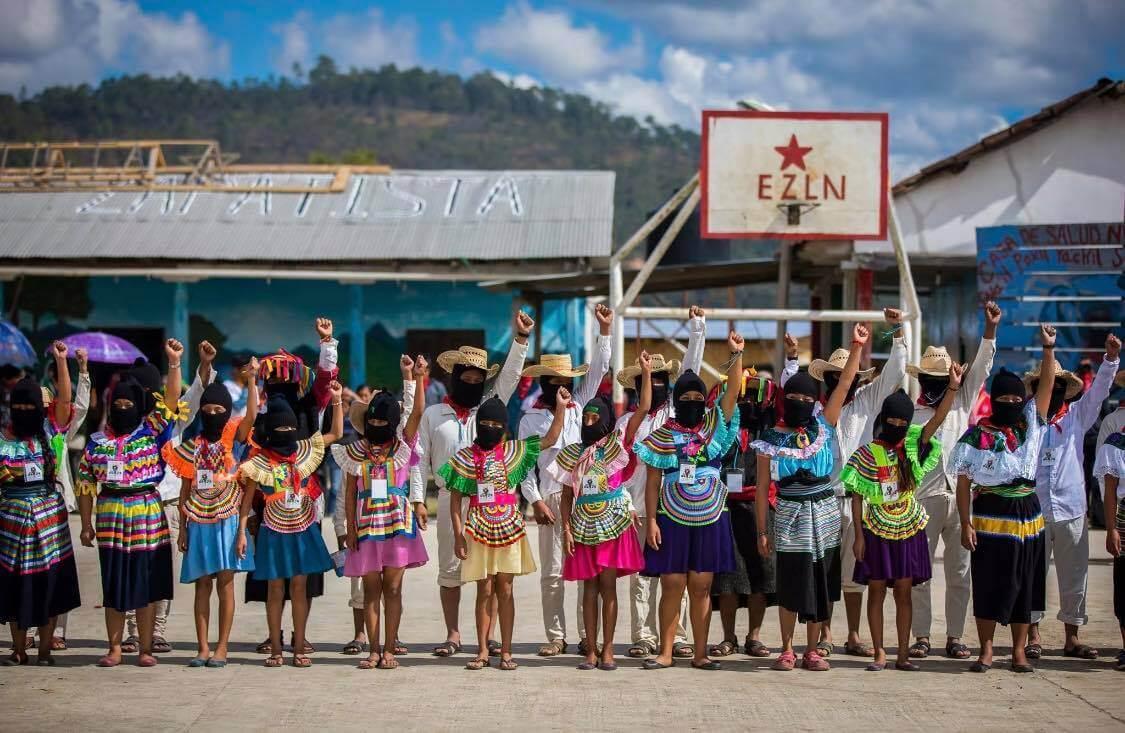 ?Por ellas, y con ellas, luchamos?: mujeres zapatistas